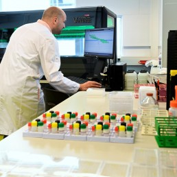Senior technician, Benoit Samson-Couterie, conducts research into antibodies against the coronavirus disease (COVID-19) in a laboratory at Sanquin blood bank in Amsterdam, Netherlands, May 19, 2020. REUTERS/Piroschka van de Wouw
